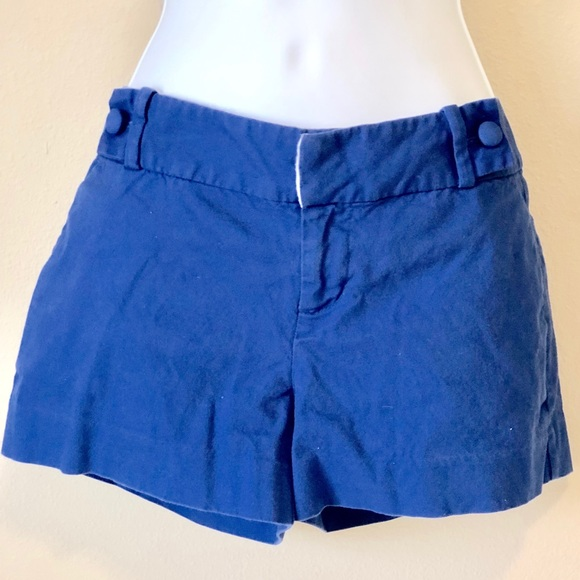Banana Republic Pants - Women shorts Banana Republic size 2